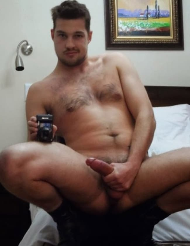 Beefy Gay Jerking Off