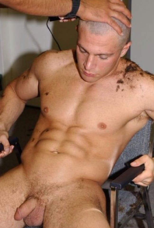 Nude Muscle Boy Getting A Head Shave - Nude Boys And Men